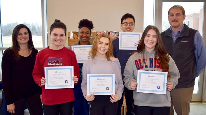 Scholar Athletes Recognized by Trustmark Bank