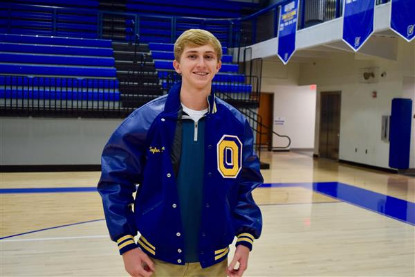 Letterman Jackets Presented for Spring 2019 Sports